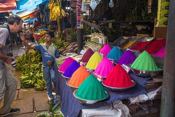 Học cách bán hàng kinh điển của người Ấn Độ